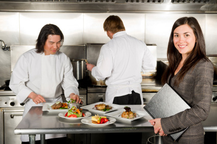 Restaurant management close to open strategy for easy shifts for Amnagement bar cuisine