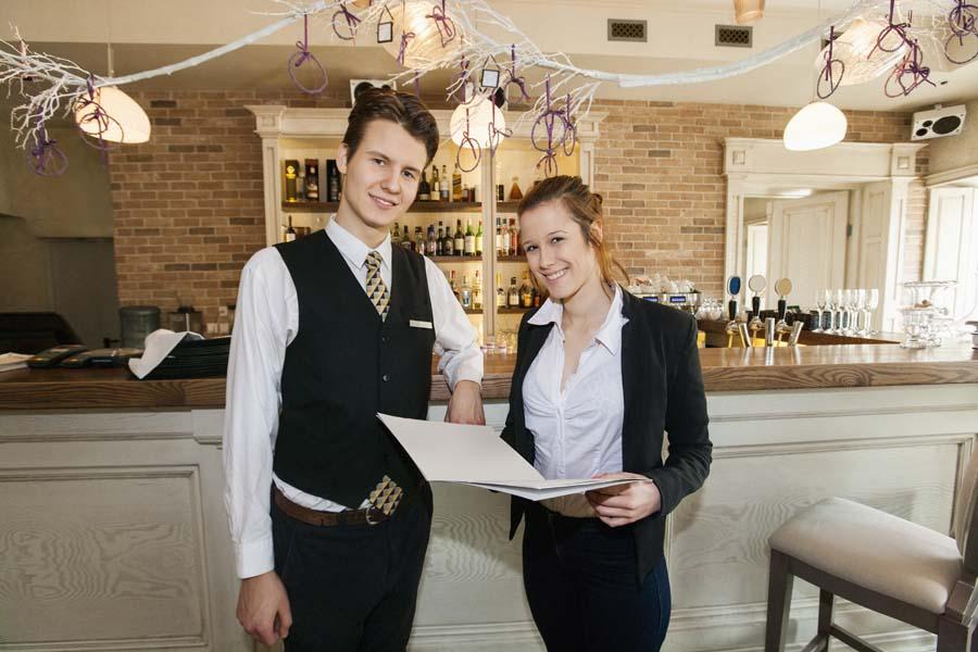 помощник менеджера в ресторан Карелия, Лоухский район