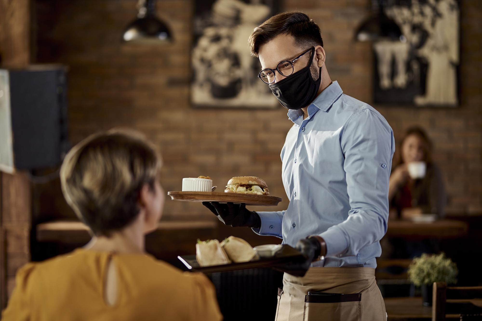 Motivate Restaurant Servers to Increase Sales